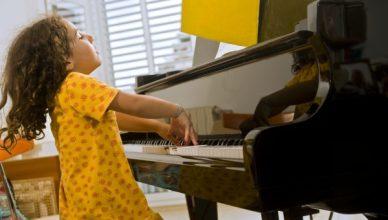 Recital practise girl