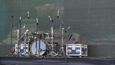 practise drumming